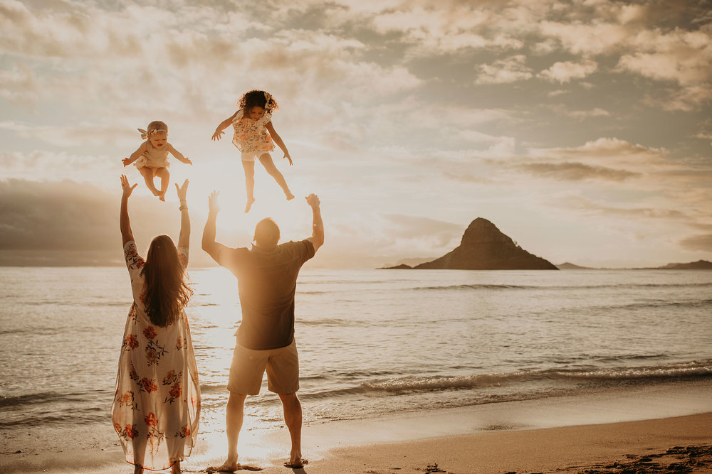 Sunrise-family-shoot-kualoa-ranch-10.jpg