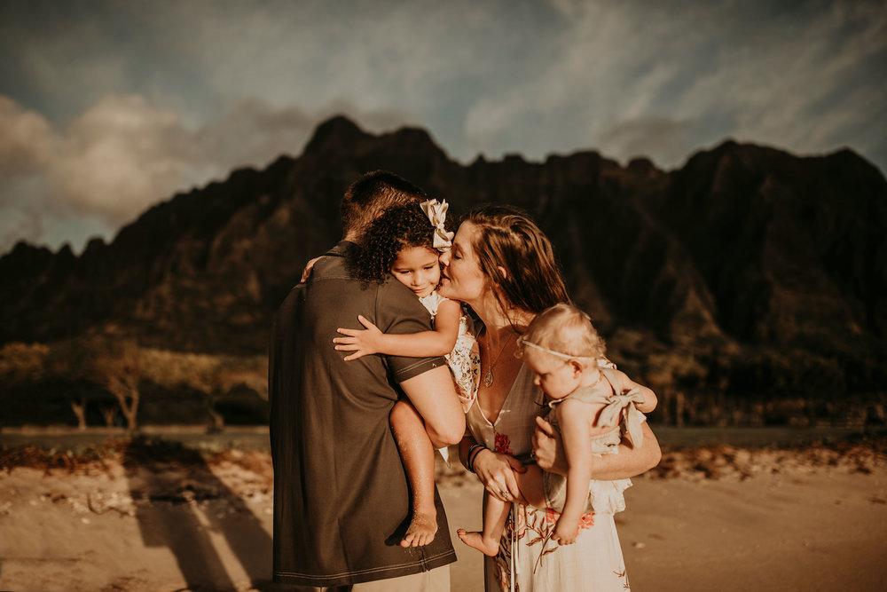 Sunrise-family-shoot-kualoa-ranch-12.jpg