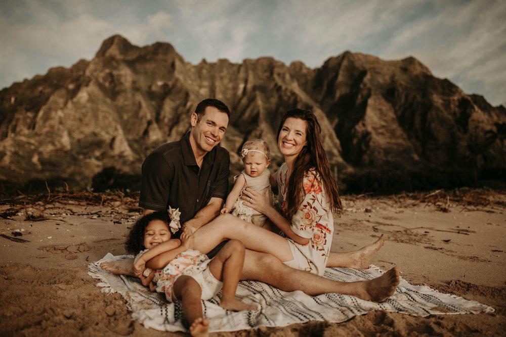 Sunrise-family-shoot-kualoa-ranch-15.jpg