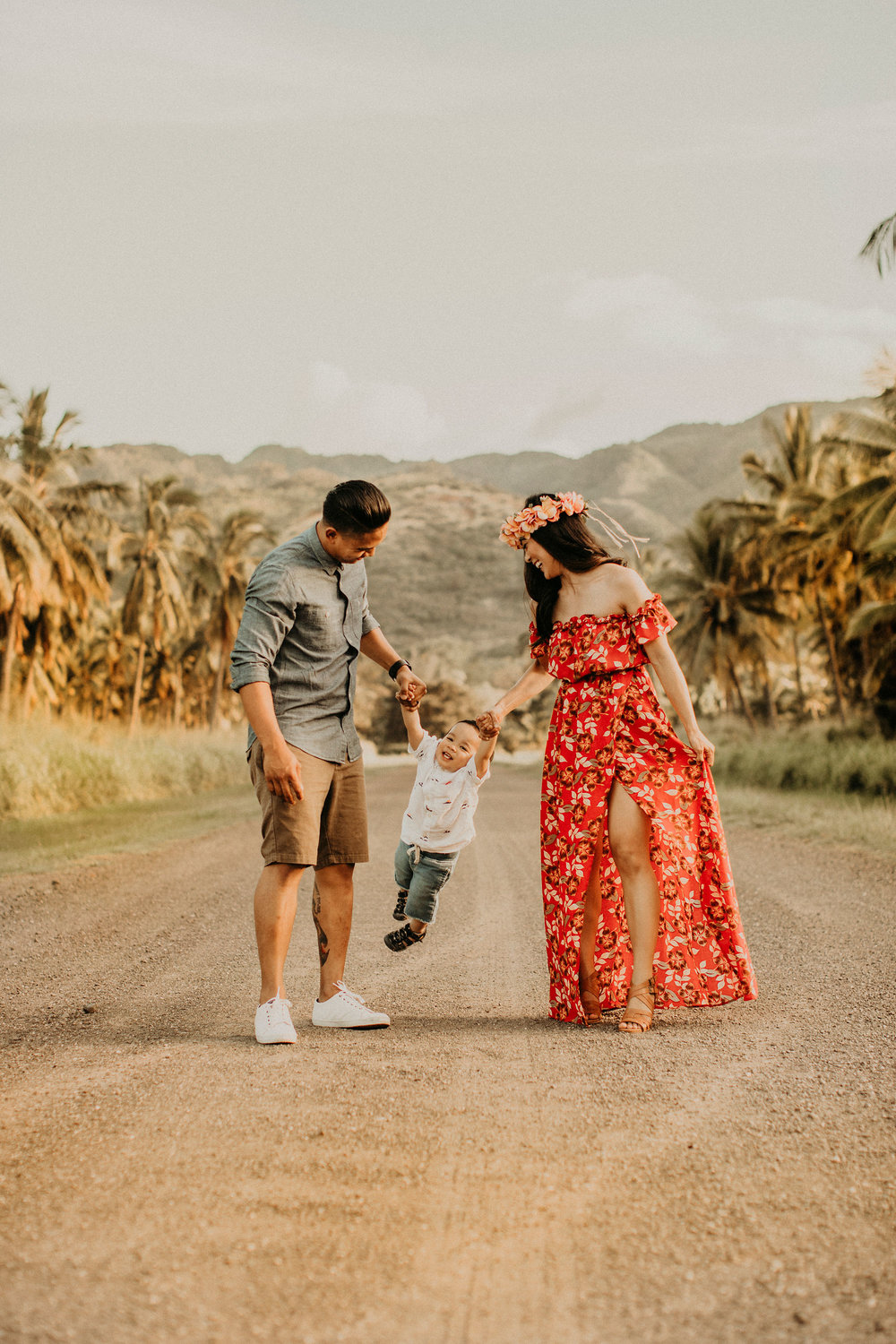 palm-tree-jungle-oahu-family-photographer-08.jpg