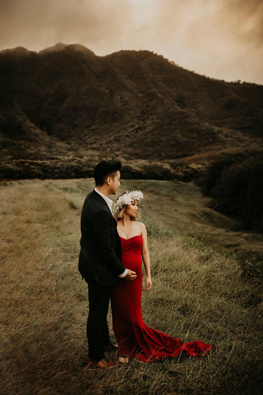 mountain-maternity-session-Hawaii-13.jpg