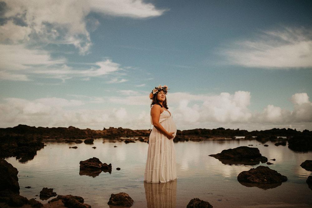 Hawaii-Underwater-maternity-photography-04.jpg