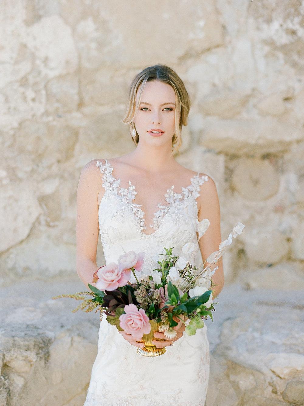 Spanish Mission Style Wedding Ideas Summer Flowers Finding Flora San Juan Capistrano European Venues California Bride Centerpiece Lunaria