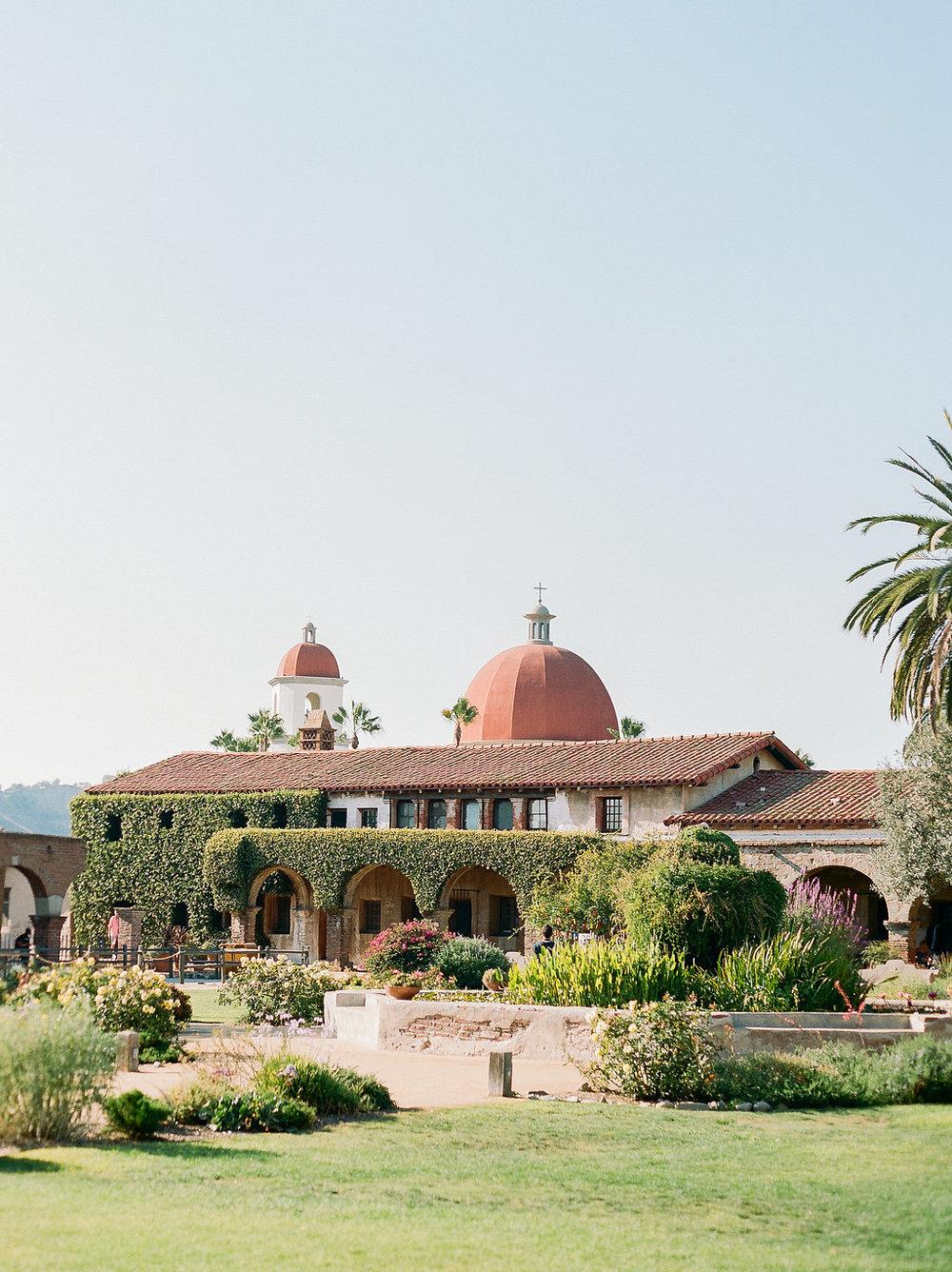 Spanish Mission Style Wedding Ideas Summer Flowers Finding Flora San Juan Capistrano