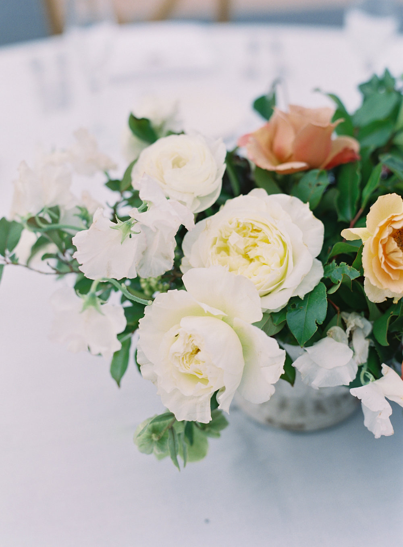 Wedding Centerpiece Spring Flowers Garden Roses Finding Flora Sara Weir