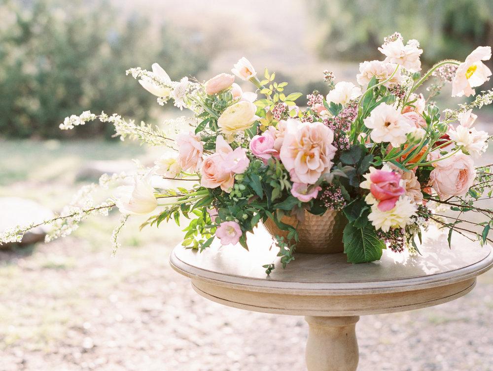 Floral Centerpiece Garden Style Finding Flora Wedding Flowers California