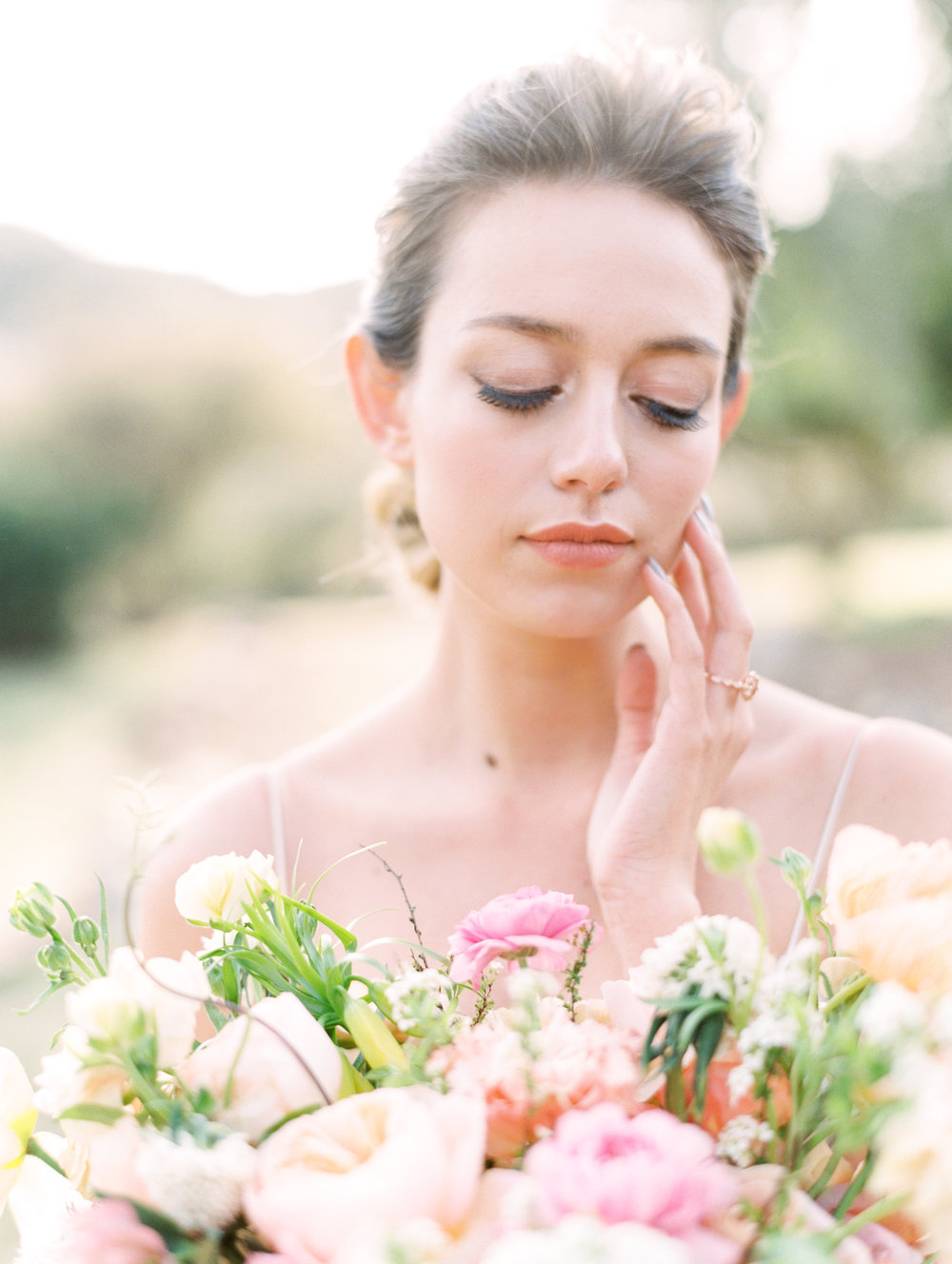 Bride Bouquet Fine Art Flowers Finding Flora Wedding Florist Utah California