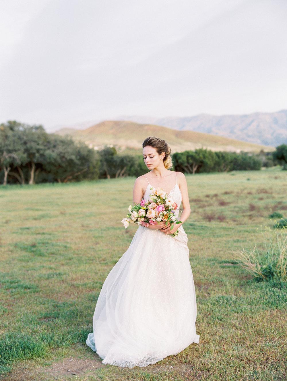 Bridal Bouquet Finding Flower Wedding Florist  St. George Utah California