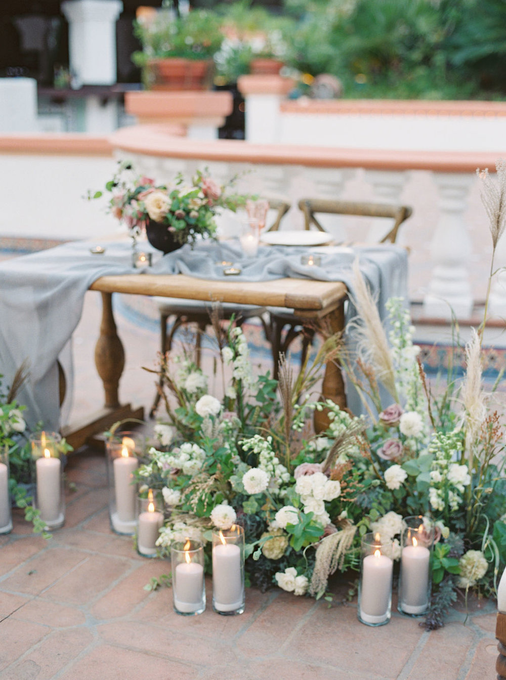 Sweetheart Table by Finding Flora