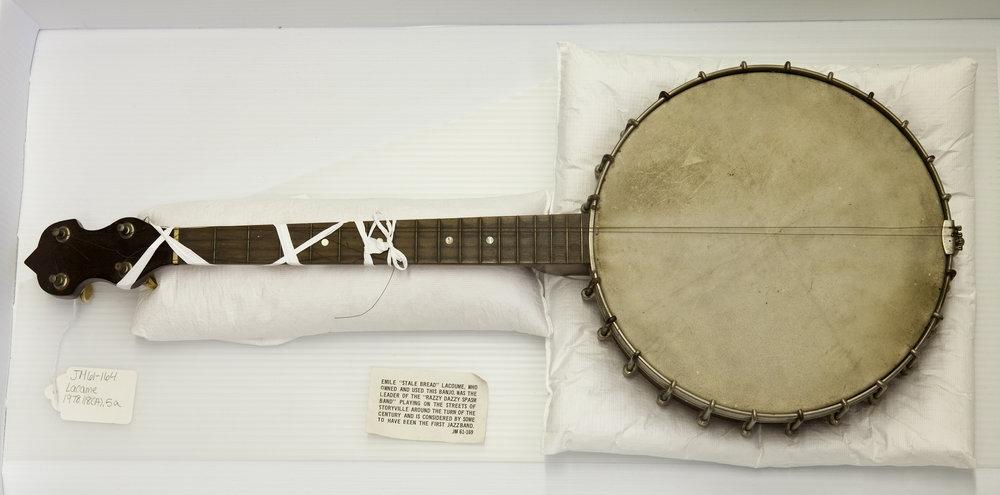 """Emile """"Stalebread"""" Lacoume's banjo,  1978.118(A).004a"""