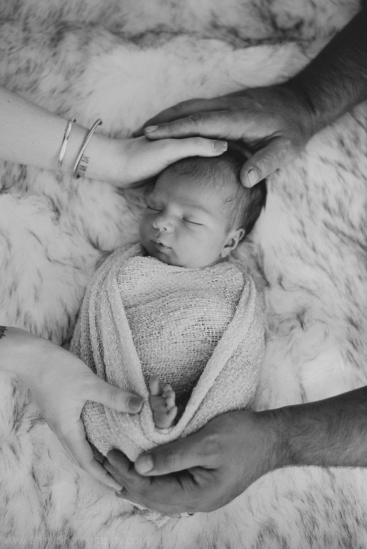 Austin Family Photographer Newborn Lifestyle In Home Session 006.jpg