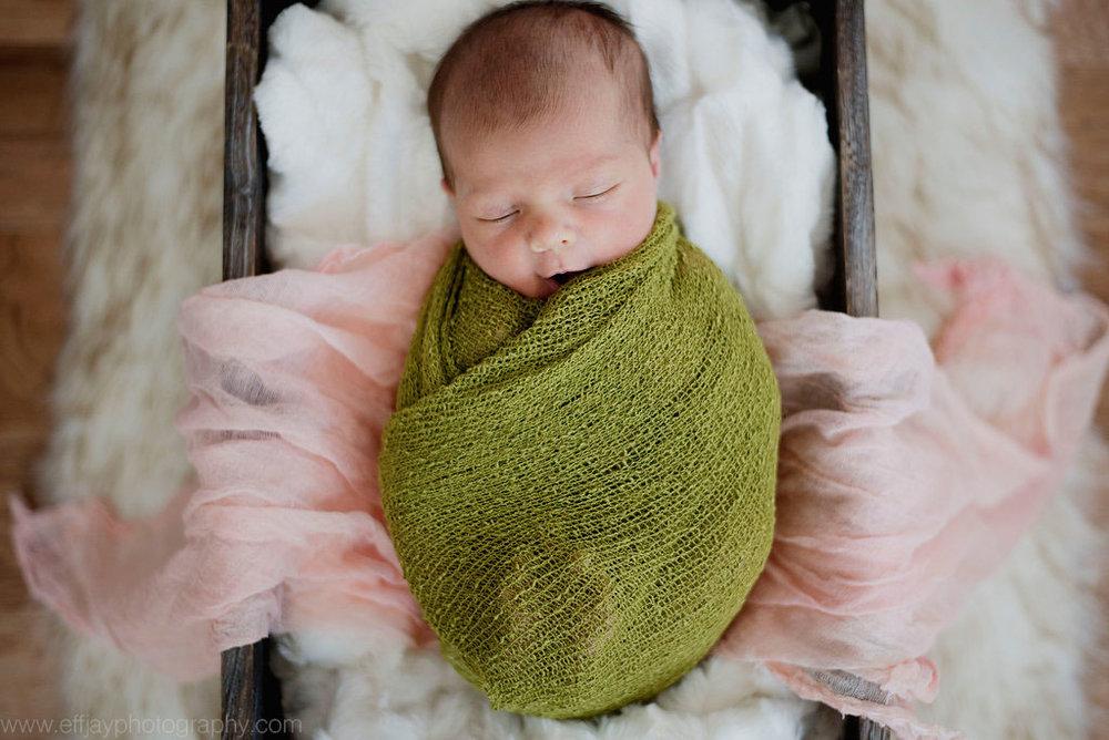 Austin Family Photographer Newborn Lifestyle In Home Session 008.jpg