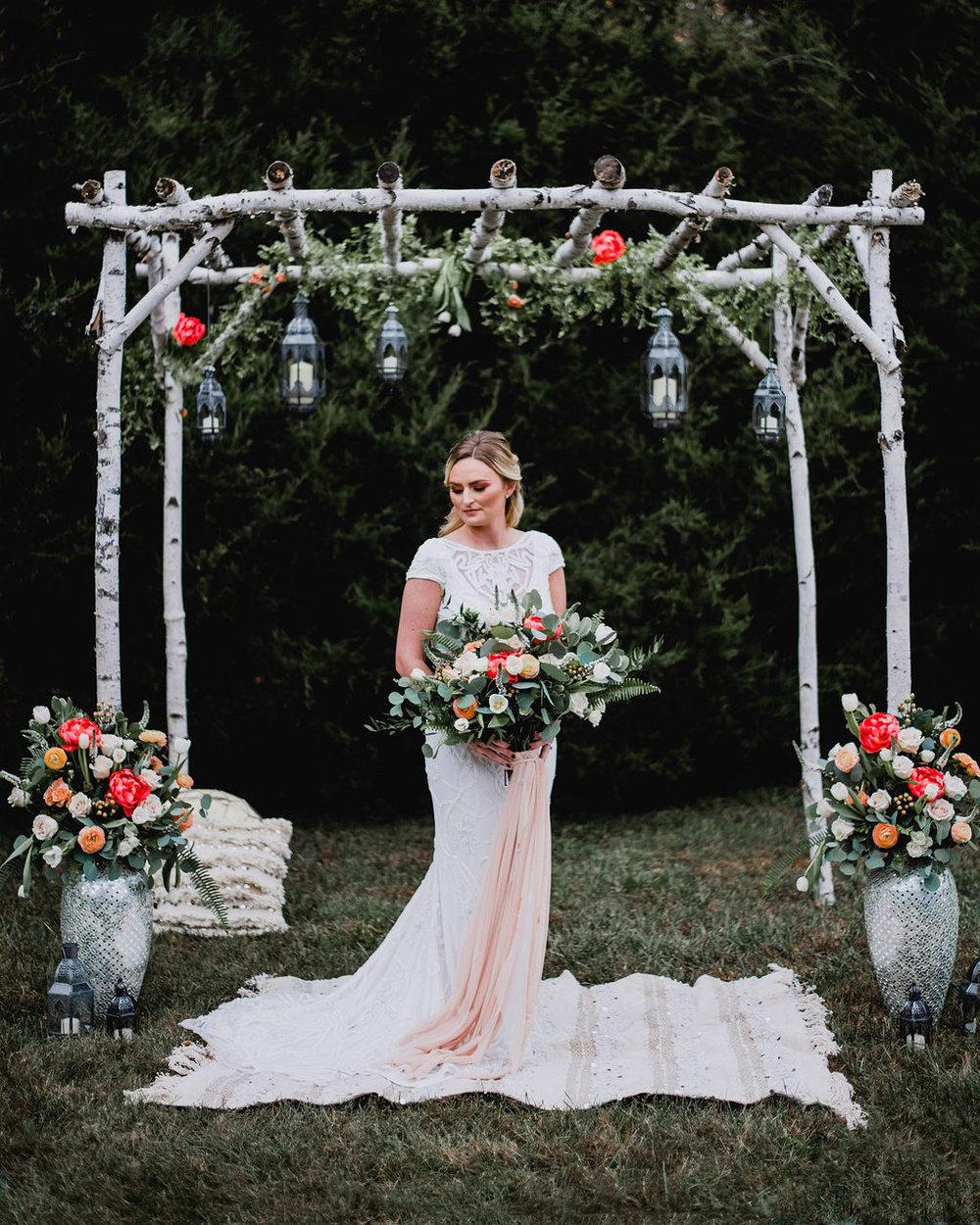 Kansas City Photographer Boho Barn Wedding at Heritage Ranch006.jpg