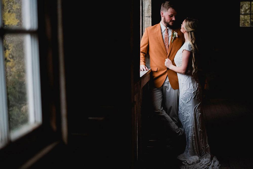 Kansas City Photographer Boho Barn Wedding at Heritage Ranch019.jpg