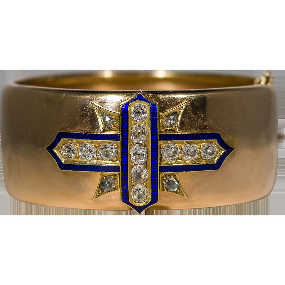 Gold Bracelet.png