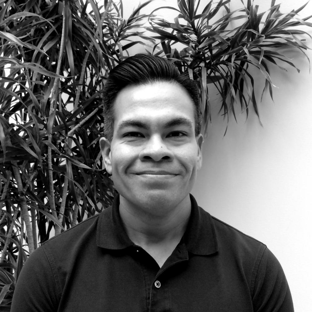 Victor Meza Senior IT Administrator