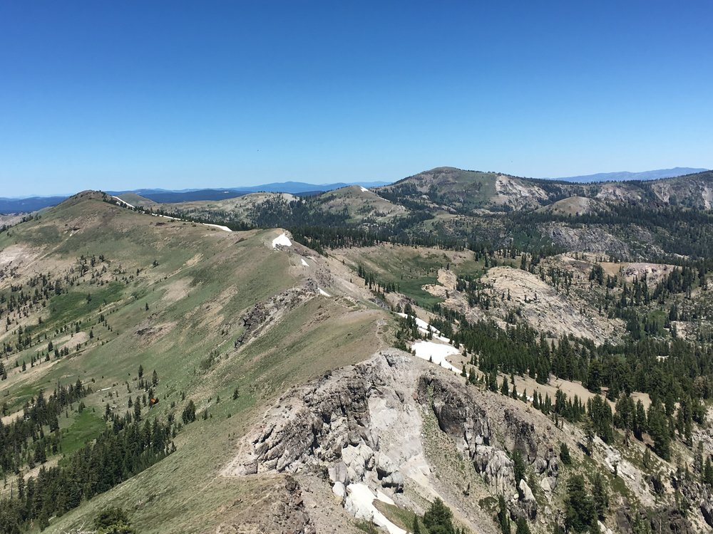 FROM THE TOP OF CASTLE PEAK LOOKING NORTH TO BASIN PEAK ON THE LOST AND FOUND 30K COURSE