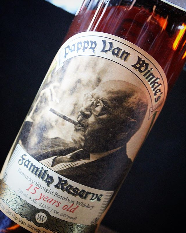 Tonight's Pappy Pour: 15-Year Van Winkle. The fun starts at 5! 🥃 #pappydays #pappyhour #happyhour #pappyvanwinkle #bourbon #whiskey #whisky #rye #ryewhiskey #monday #mondays #mondaymotivation #mondaymood #thesaratogasf #tenderloinsf #sanfrancisco #kentucky