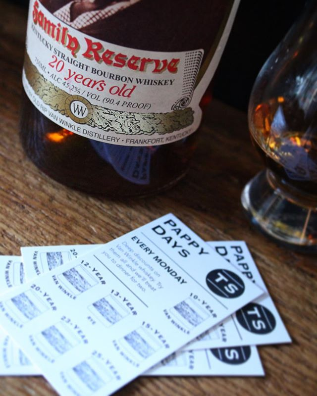20-year-old Pappy's 🥃 being poured tonight! Enjoy it for $30 an ounce. #pappydays #pappyhour #happyhour #pappyvanwinkle #bourbon #whiskey #whisky #monday #mondays #mondaymotivation #mondaymood #thesaratogasf #tenderloinsf #sanfrancisco #kentucky