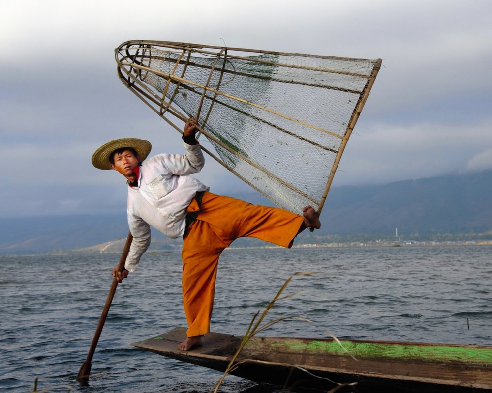 Intha Fisherman casts net, Inle Lake