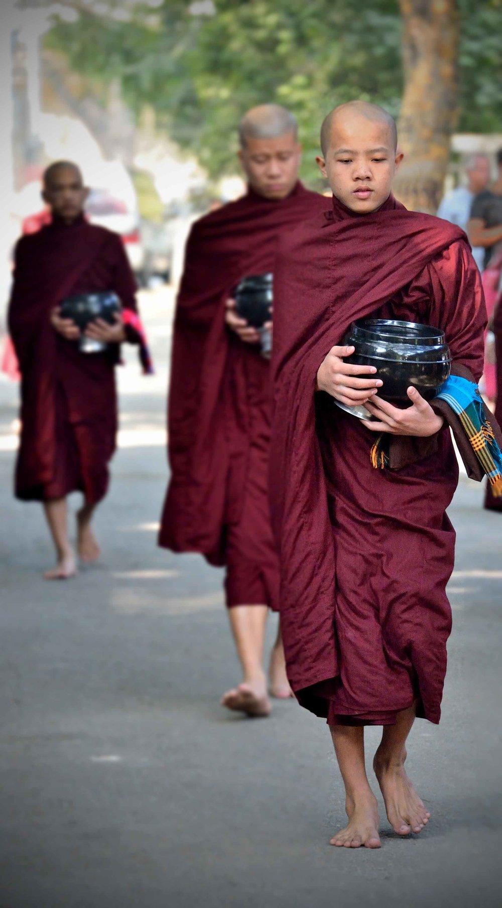 Alms round, Mahagandayon Buddhist Monastary