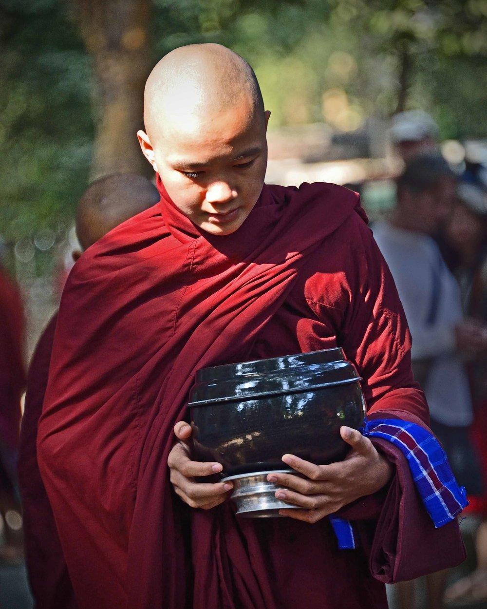 Monk on alms round, Mahagandayon Buddhist Monastary