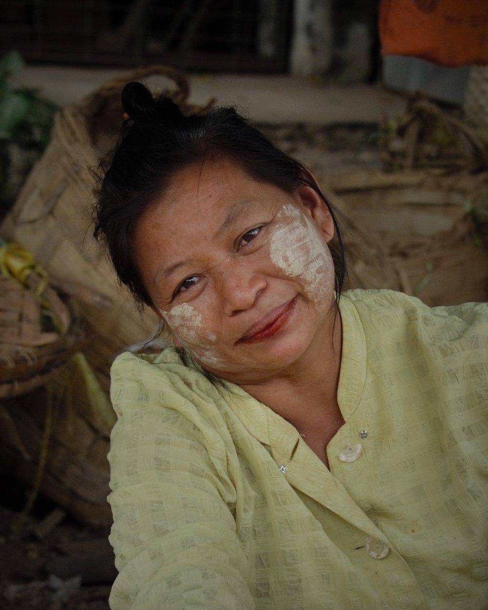 Market lady, Mandalay, Myanmar