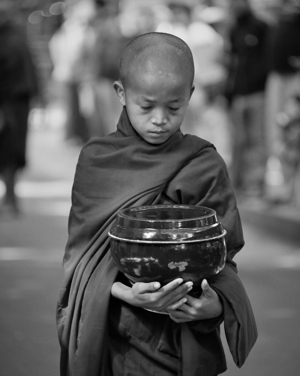 alms monk (1).jpg