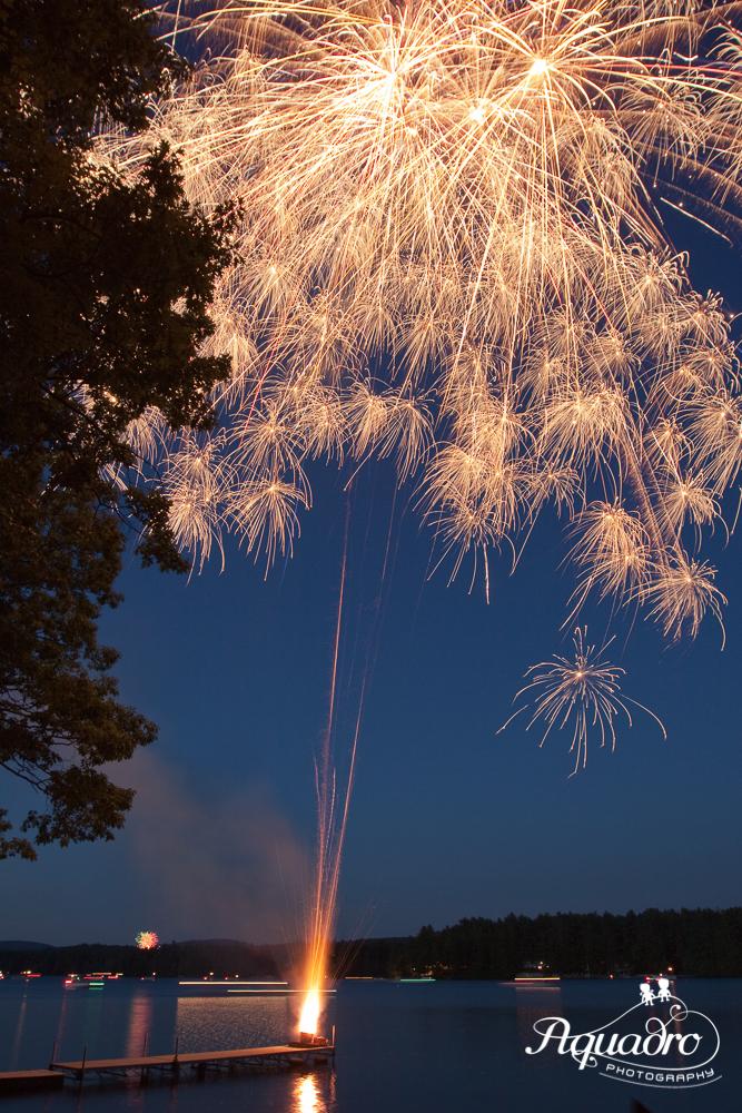 A 10-second exposure captures multiple bursts