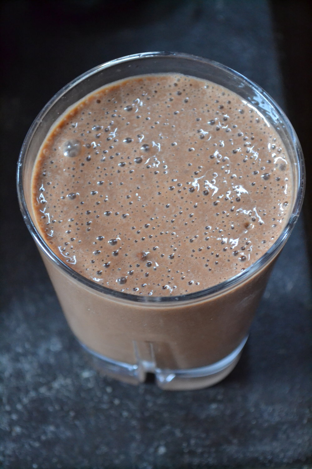 date chocolate smoothie