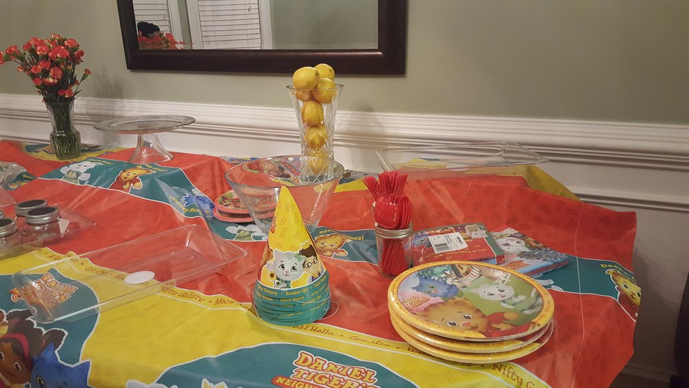Plates, utensils, cups and napkins are part of a party pack