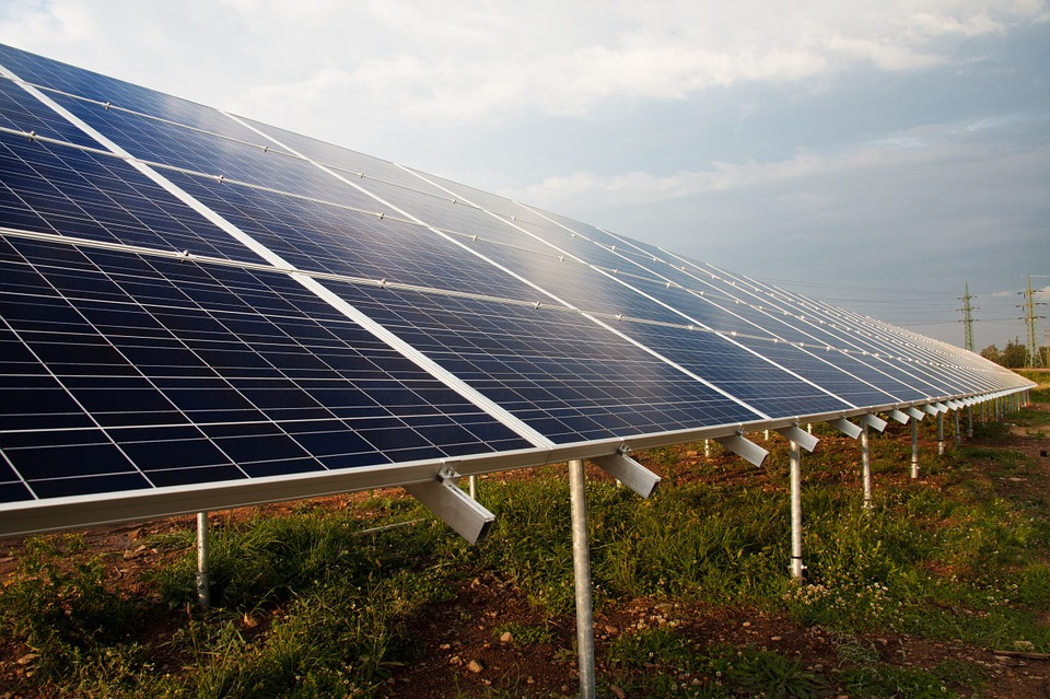 Achieve over 30% ROI, and breakeven on your solar investment in 3 years or less      Find out how!
