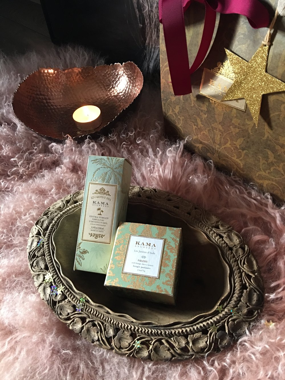 Foot Massage  (30mins), a bottle of Kama Ayurveda Coconut Oil and Kama Ayurveda Paradiso Candle, and a box of Pukka Herbs tea  of your choice.   £60