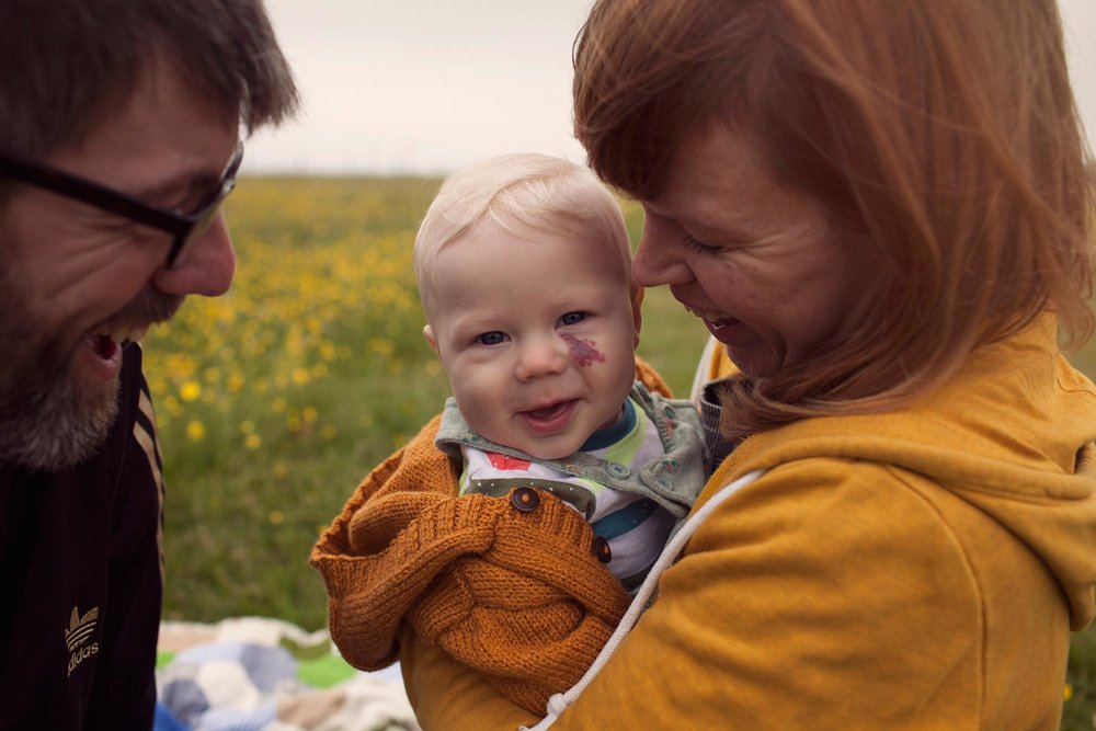 Baby with Mum and Dad family in Otley Chevin Leeds photoshoot
