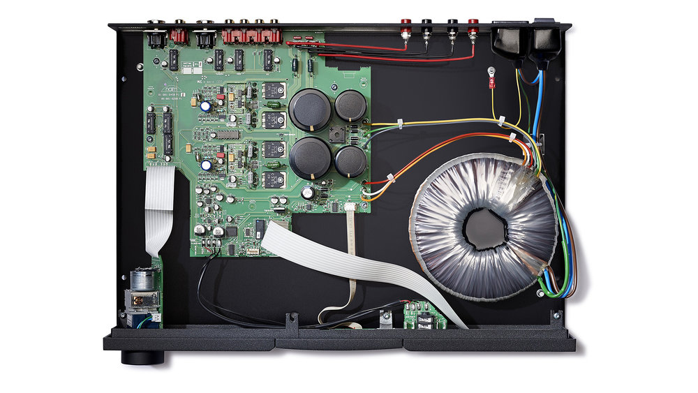 Naim NAIT 5si Integrated Amplifier at Creative Audio in Winnipeg (inside)