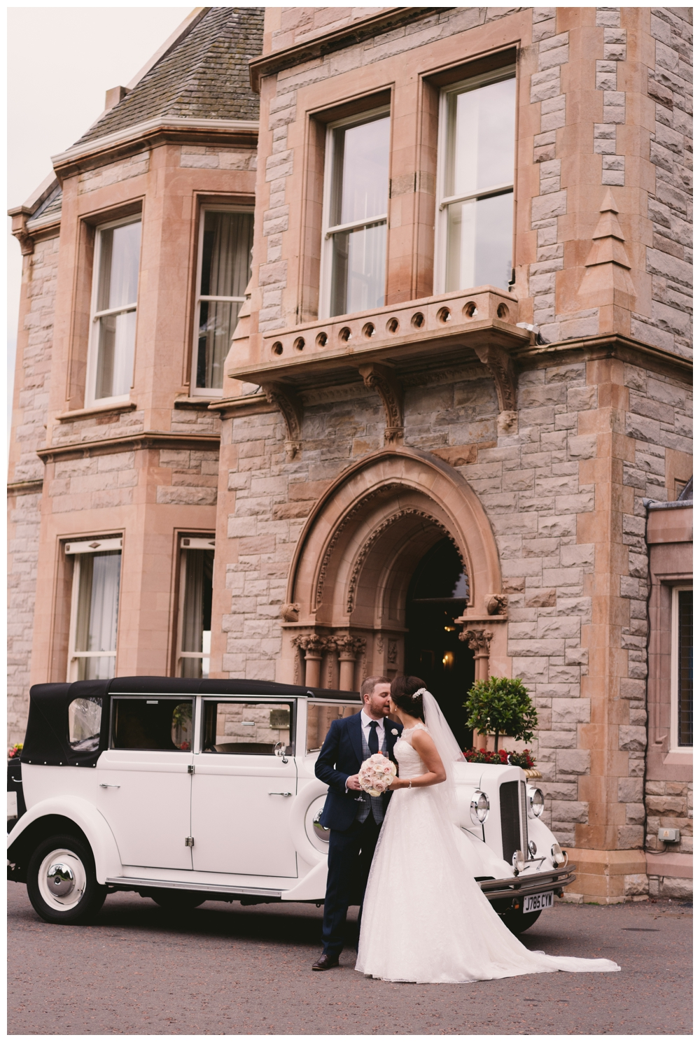 wedding_photographer_northern_ireland_culloden_0047.jpg