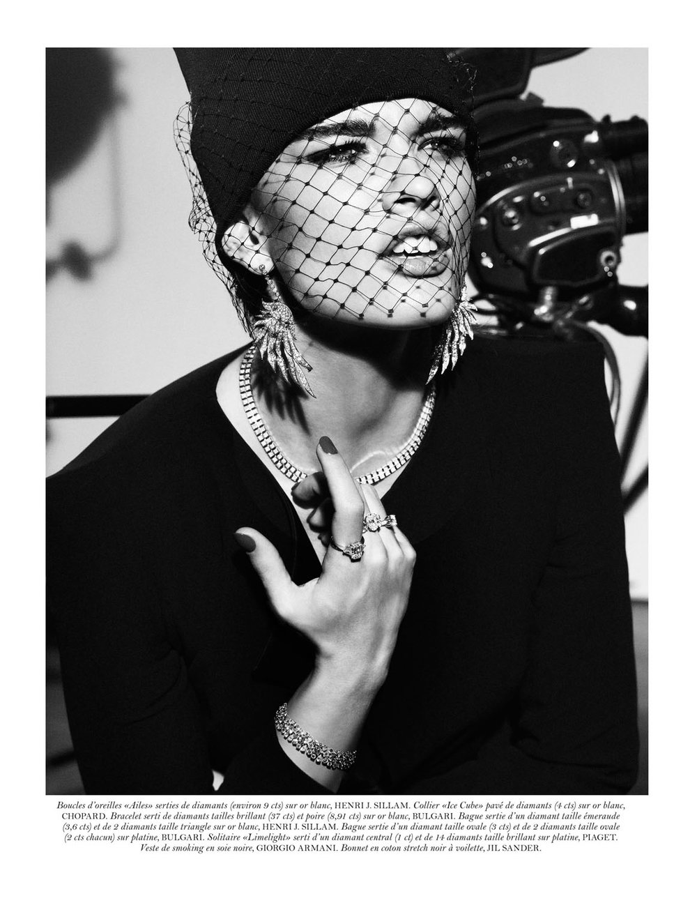 Crystal_Renn_by_Giampaolo_Sgura_Premiers_R_les_Vogue_Paris_May_2012_.jpg