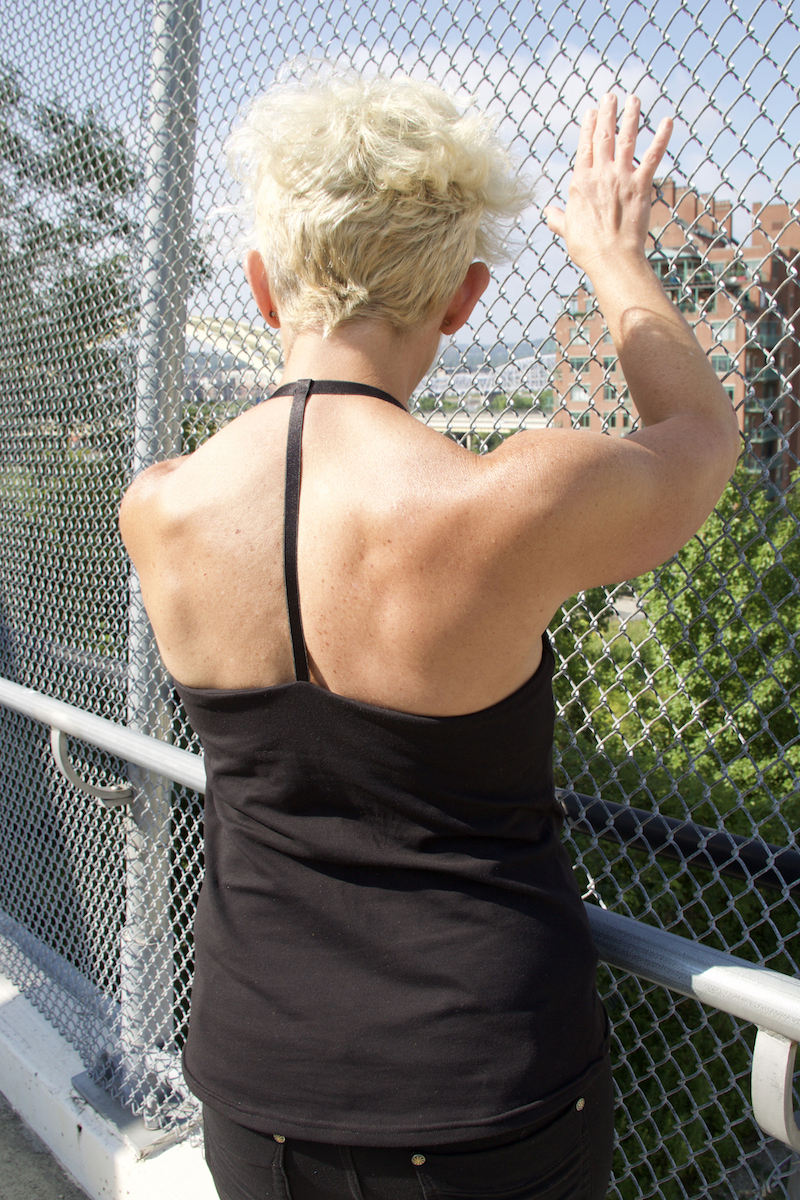 Ditch it. NO NEED for a workout bra or extra layers of support—the secure fit gives you the confidence you need.   Rock it. The strong but soft SUPPLEX® blend material and flat seams are easy on sensitive skin, so nothing gets between you and maximum performance.   And it's sourced and made in the U.S.A.   -