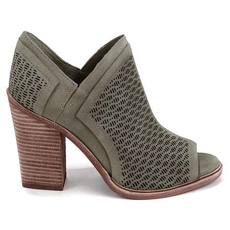 HOT! UNDER $100 VINCE CAMUTO KARINI!