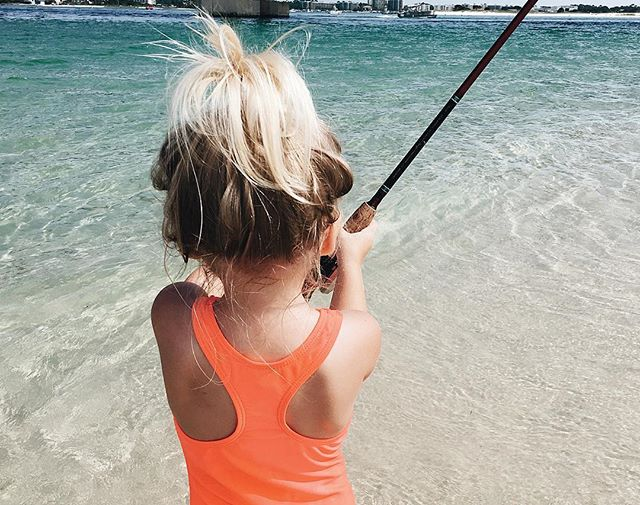Yesterday we had THE BEST day at the beach! #teachthemyoung 🐟🎣☀️