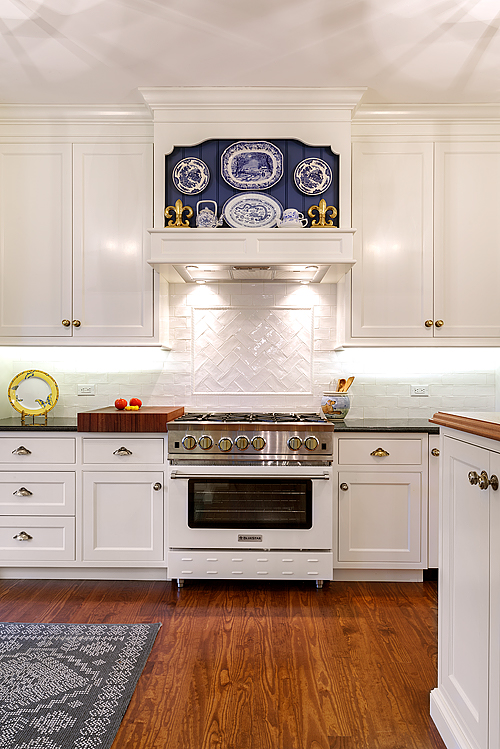 villanova-brynlawn-kitchen-3-500x749-01.jpg