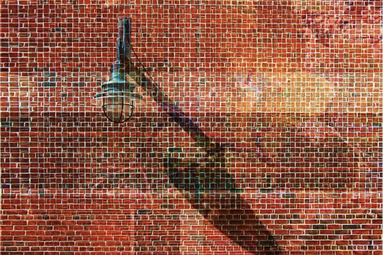 Il muro è costruito di mattoni cinici. Raffaele Marone, photograph