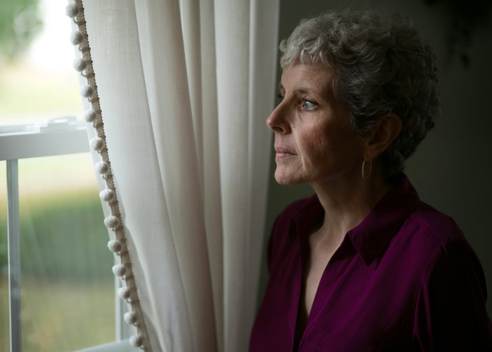 Linda Interlichia at her home in Rochester, N.Y. A device called a morcellator used during a routine hysterectomy a year earlier had rapidly dispersed a previously undiscovered cancer throughout her body.