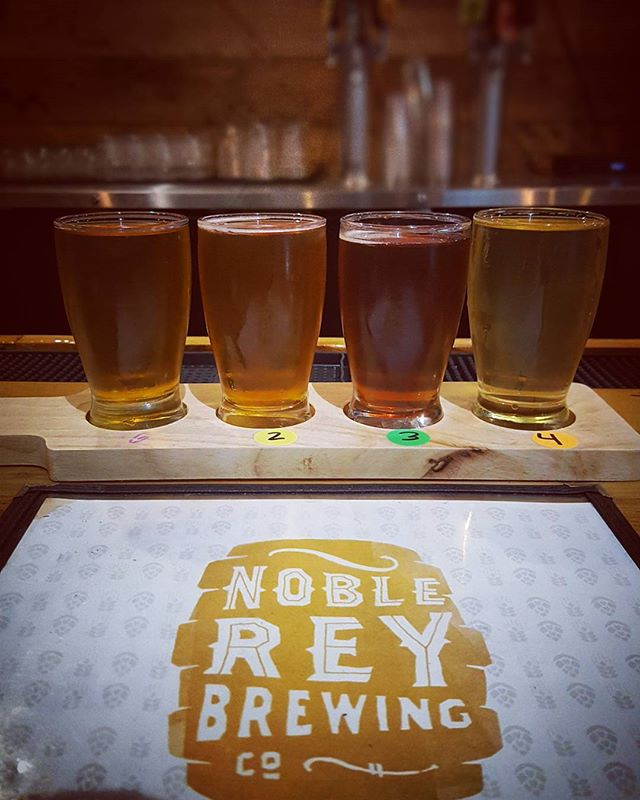 It's been a busy few months of travel for the Hops and Stops team. The one thing we DO like about hitting the road is that with every roundtrip flight, we get to try at least one new flight. Touched down in Dallas a few hours ago and already enjoying a flight from @noblereybrewingcompany at the Dallas Farmers Market. #HopsAndStops #FlightForAFlight