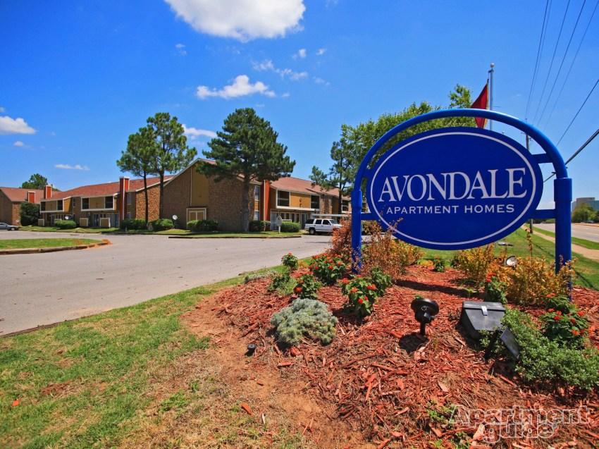Avondale Sign.jpg