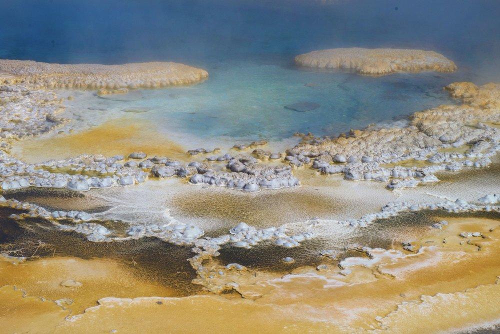 yellowstone15.jpg