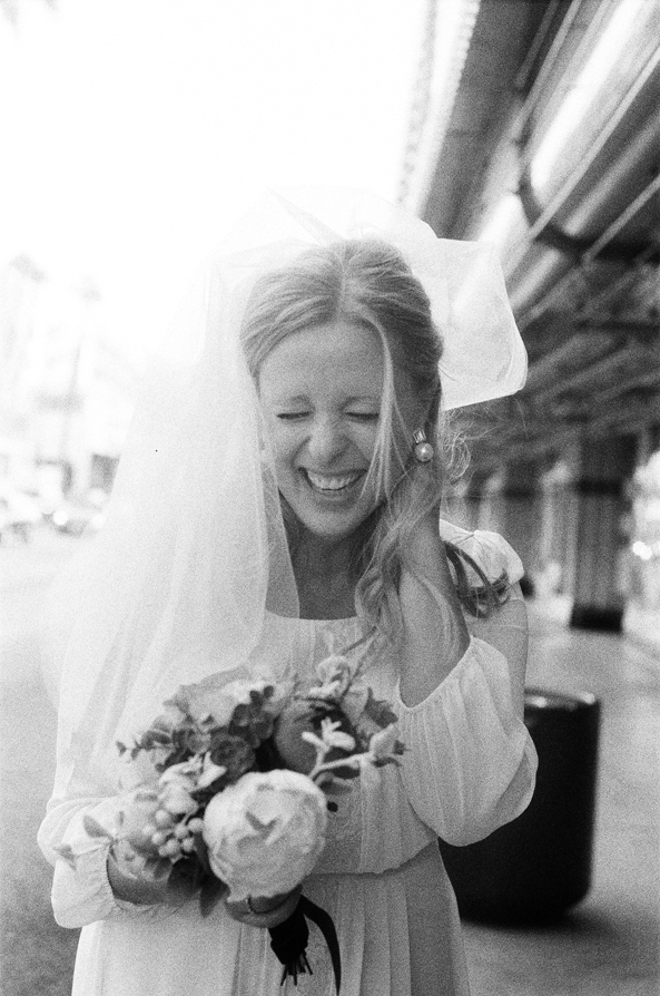 26-bride-laughing-black-white.jpg