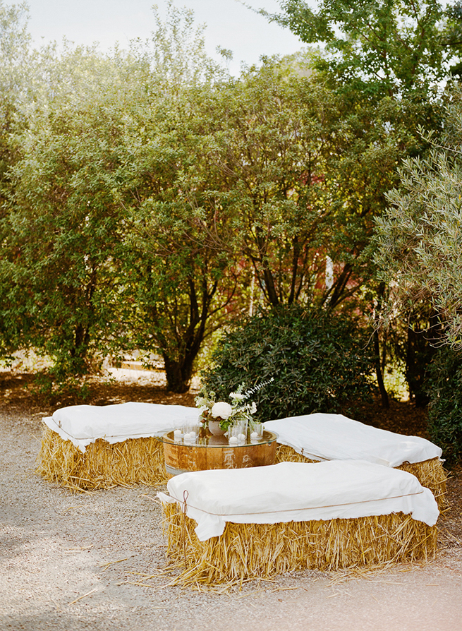 18-hay-bale-seating-canvas.jpg
