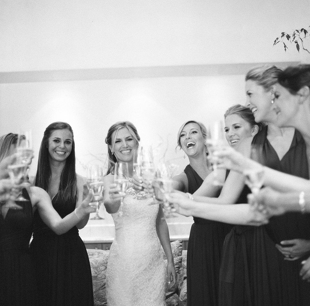 10-bridal-party-cheering.jpg