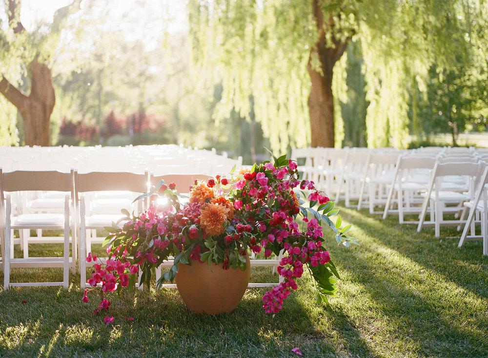 16-bougainvillea-floral-centerpiece.jpg